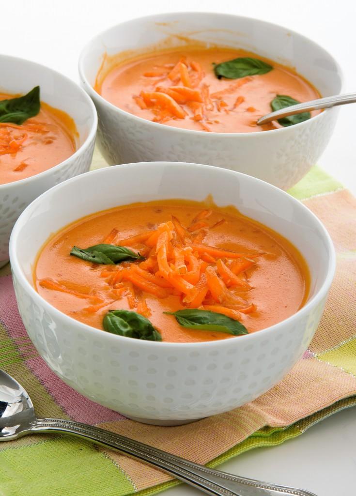 soupe froide aux carottes aux poireaux et aux pommes pommes qualit qu bec recette. Black Bedroom Furniture Sets. Home Design Ideas